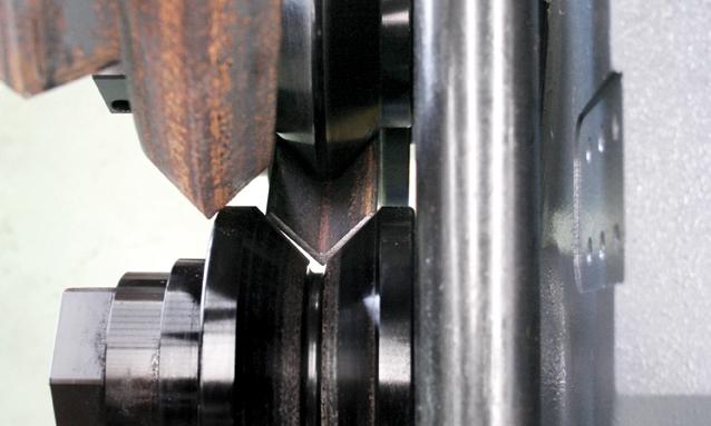 máquina-de-arquear-hidráulica-MAH-Angle