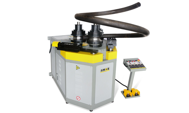 máquina-de-arquear-perfis-MAH150-3AC