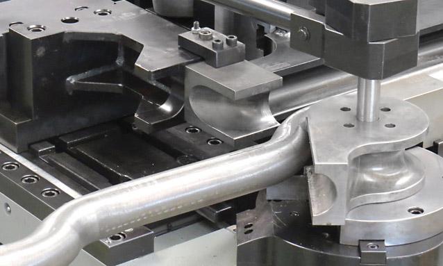 máquinas de curvar tubo booster CNC-mordaças intercambiaveiss