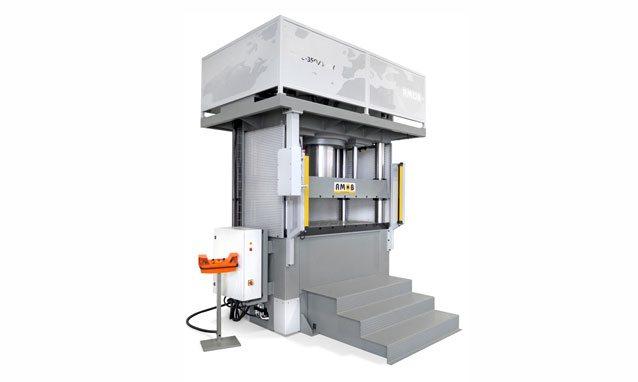 prensas-hidraulicas-quatro-colunas-PH4C300T