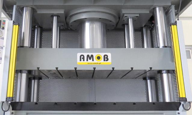 prensas-hidraulicas-quatro-colunas-PHDM-6