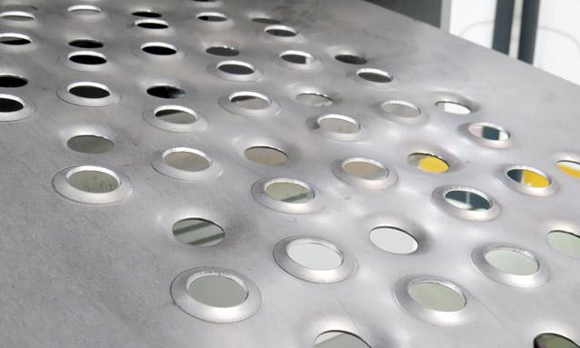 prensas-hidraulicas-quatro-colunas-prancha constução