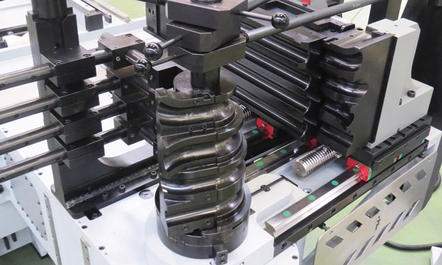 Image of Fully electric CNC tube benders eMOB 1