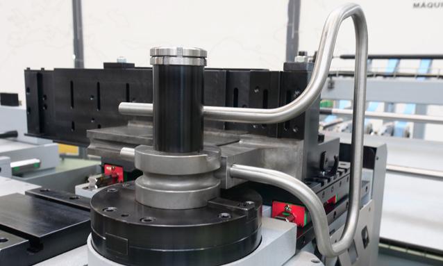 Fully-Electric-CNC-Tube-Bender-eMOB42CNC-2Bend-20x1,5_4