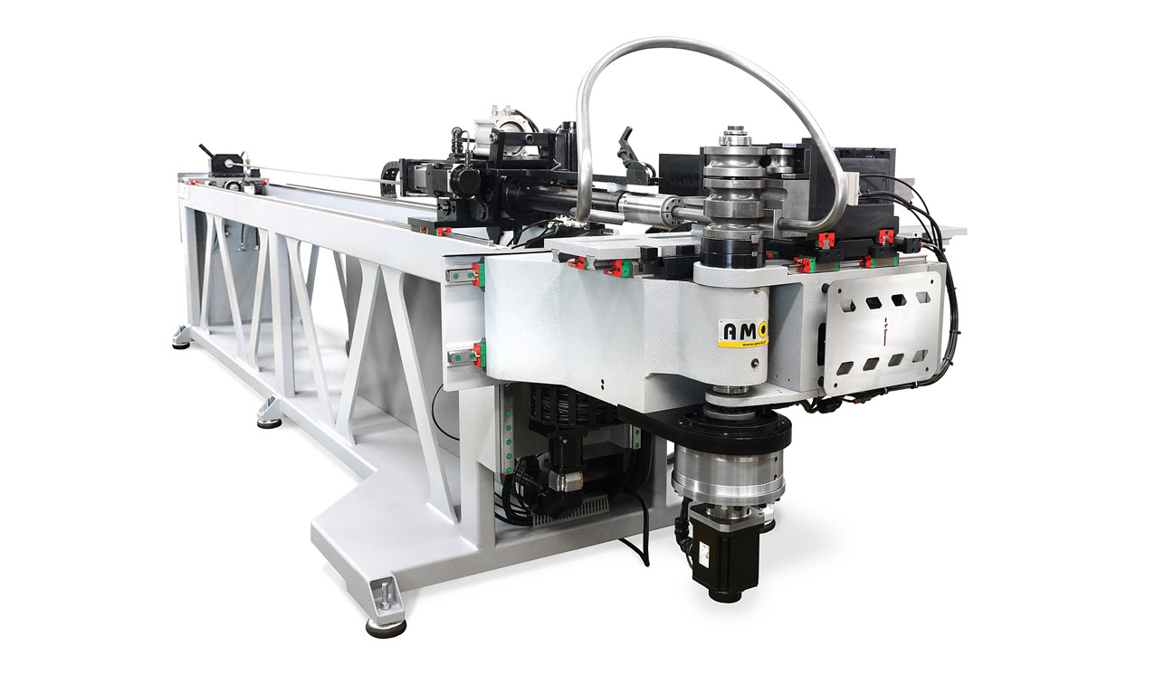 right-and-left-fully-electric-cnc-tube-bender-eMOB32_LR