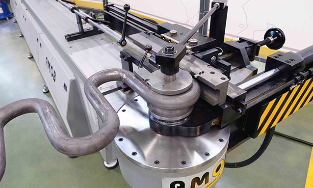 Electric-NC-tube-bending-machines-MDH90CN1-2